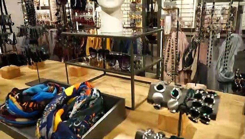 Parfoir new concept store