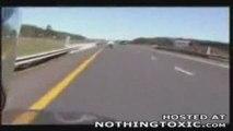 Crash moto, attention ca fait mal