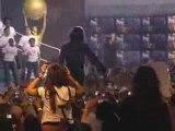 """Michael Jackson  """"We Are The World""""avec ces fans!"""