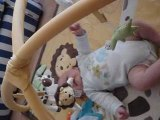 Tristan sur son tapis d'éveil