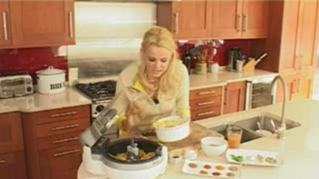 Sophie Michell cooks chicken tikka masala with Tefal Actifry
