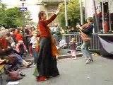 Tina danse la belle musique  grecque