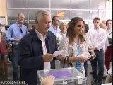 Arenas ejerce su derecho al voto en Sevilla