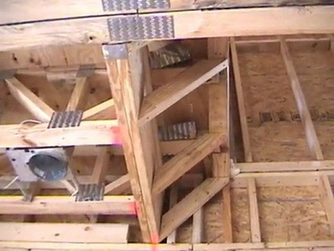 Houston Home Inspector: Truss Cut - Modified