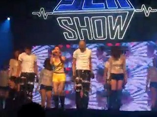 Bay - Thu Minh ( Sea Show Tháng 06 - 2011 )