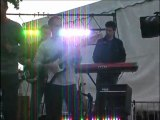 """Extrait du concert du groupe """"So groove"""" sur la scène Mobil'Jam, lors de la fête de la musique à Vannes, le 21 juin 2011"""