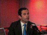"""""""Même s'il se démarque, il a voté le projet socialiste pour 2012 !"""" Benoît Hamon"""