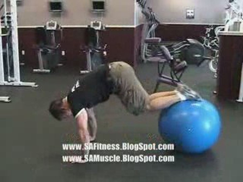 San Antonio Personal Trainer  |  Jack knife on the ball