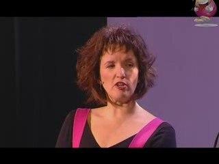 Anne Roumanoff: la Voyante, la solution bien-être?