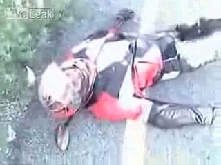 accident moto incroyable