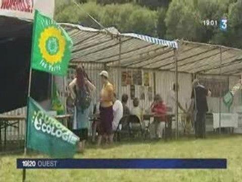 Camp Action Climat, action à l'aéroport de Nantes