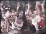 L7 - Pretend We're Dead (live in rio 1993)