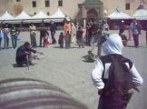 un singe attaché à la palce l'hdime à méknes (Maroc)