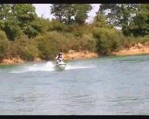 1er essais Jet Ski pour Théo et Jonas