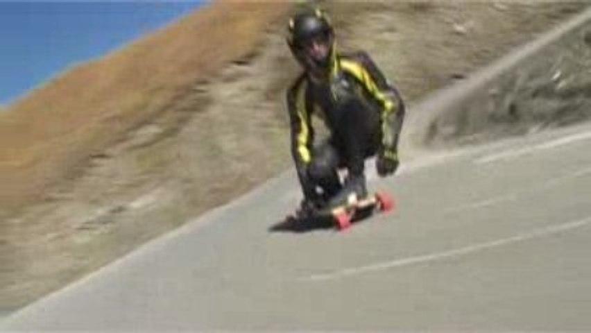 Longboard Rider Col Agnel