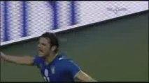 Italie-Bulgarie: les buts de Grosso et Iaquinta