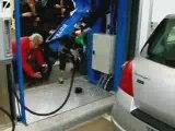 Pompe à essence robotisée