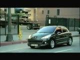 """Publicité Nouvelle Peugeot 207 """"C'est beau la jeunesse"""" 45s"""