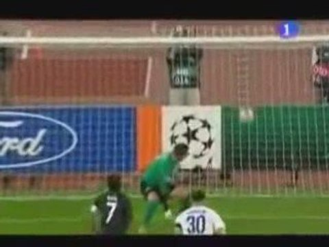 CR9 vs Zurich (2 coups francs) 16/09/09