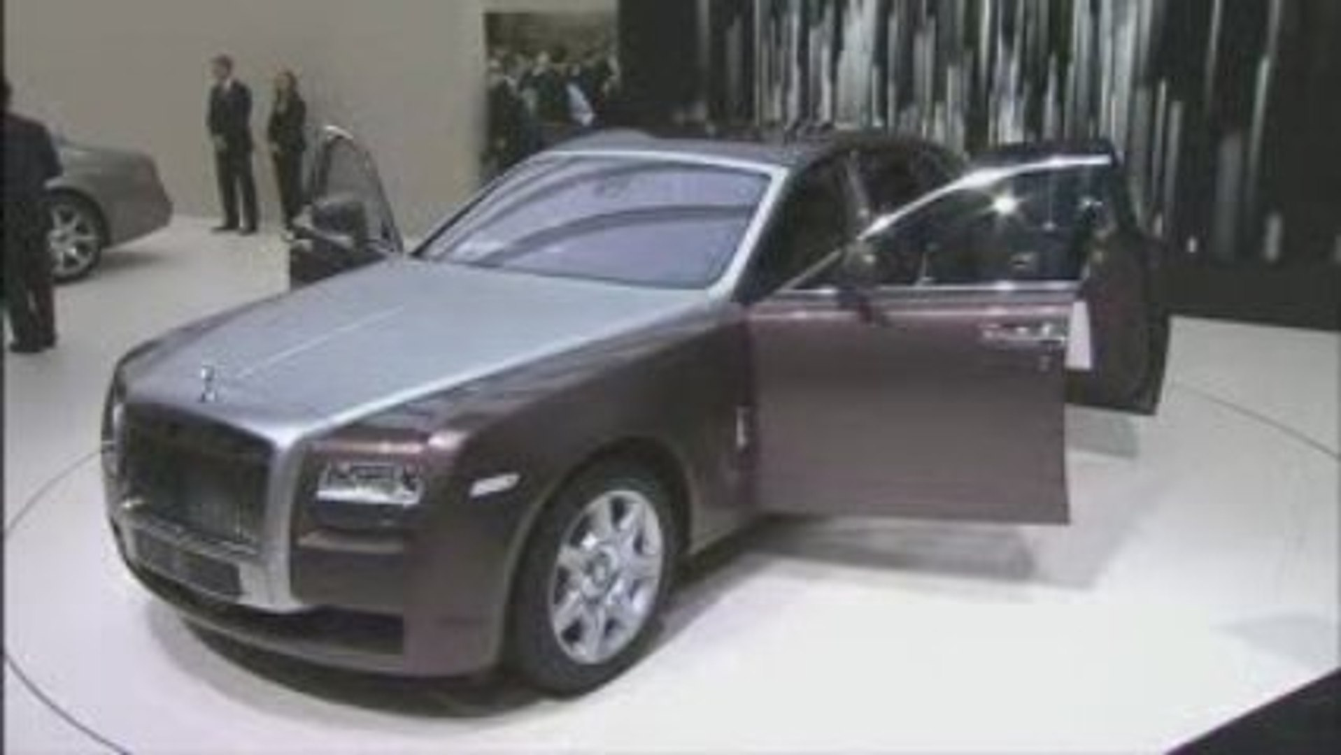Exterior views of the Rolls Royce Ghost