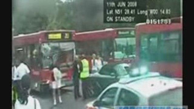 London Bbus Crashes Into Porsche