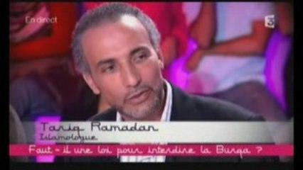 Tariq RAMADAN, le débat sur la burqa 1/2