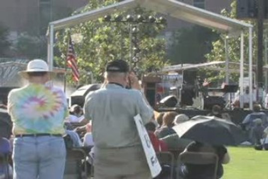 Nick Carbone speaks at the Houston Tea Party