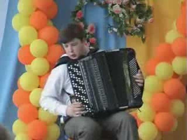 Kid shreds on accordion