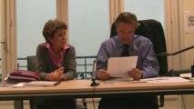 Nicolas Dupont-Aignan face aux internautes de Villepincom