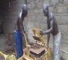 briques - création de briques au Burkina