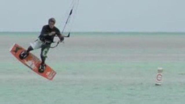 Kitesurfing in Islamorada