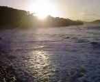 video du soleil qui se leve sur la mer mediteranée