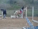 moi et lutin séance saut d'obstacle