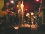 Alasko en concert à l'Alimentation generale Paris 11