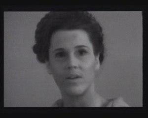 Sois belle et tais toi! (extrait) de Delphine Seyrig