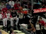 NBA Derrick Rose finds Joakim Noah on the two-man game for t