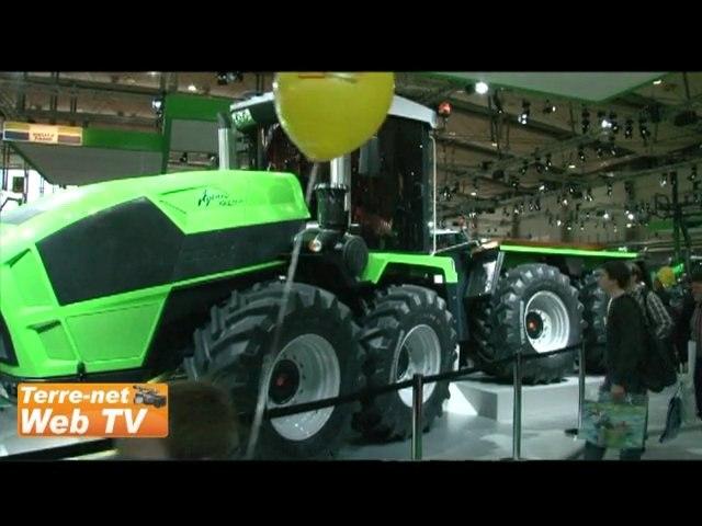 600 ch, 8 roues : le tracteur XXL Deutz Fahr