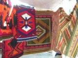 Grand marché artisanal d'Otavalo au nord de l'Equateur