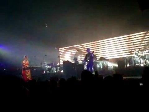 Massive Attack - Teardrop - Live in Metz Arena (France)