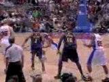 NBA Baron Davis makes the feed to DeAndre Jordan to make his