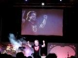 Bernard Minet chante les Chevaliers du zodiaque au TGS 2009