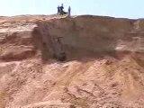 Quad jump fail - quad saut falaise