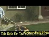 crazy lawn mower - tondeuse à gazon folle