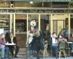 Eva , court métrage amateur. une musicienne arrive à paris..