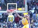 NBA Kobe Bryant tosses a beautiful alley-oop to Shannon Brow