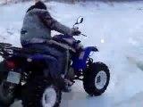 moi qui fé du quad sur la neige