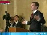 Quand Dimitri Medvedev imite Nicolas Sarkozy