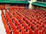 Des détenus philippins dansent sur Thriller