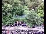 Un défilé dans une rue de Téhéran, le 13 juin
