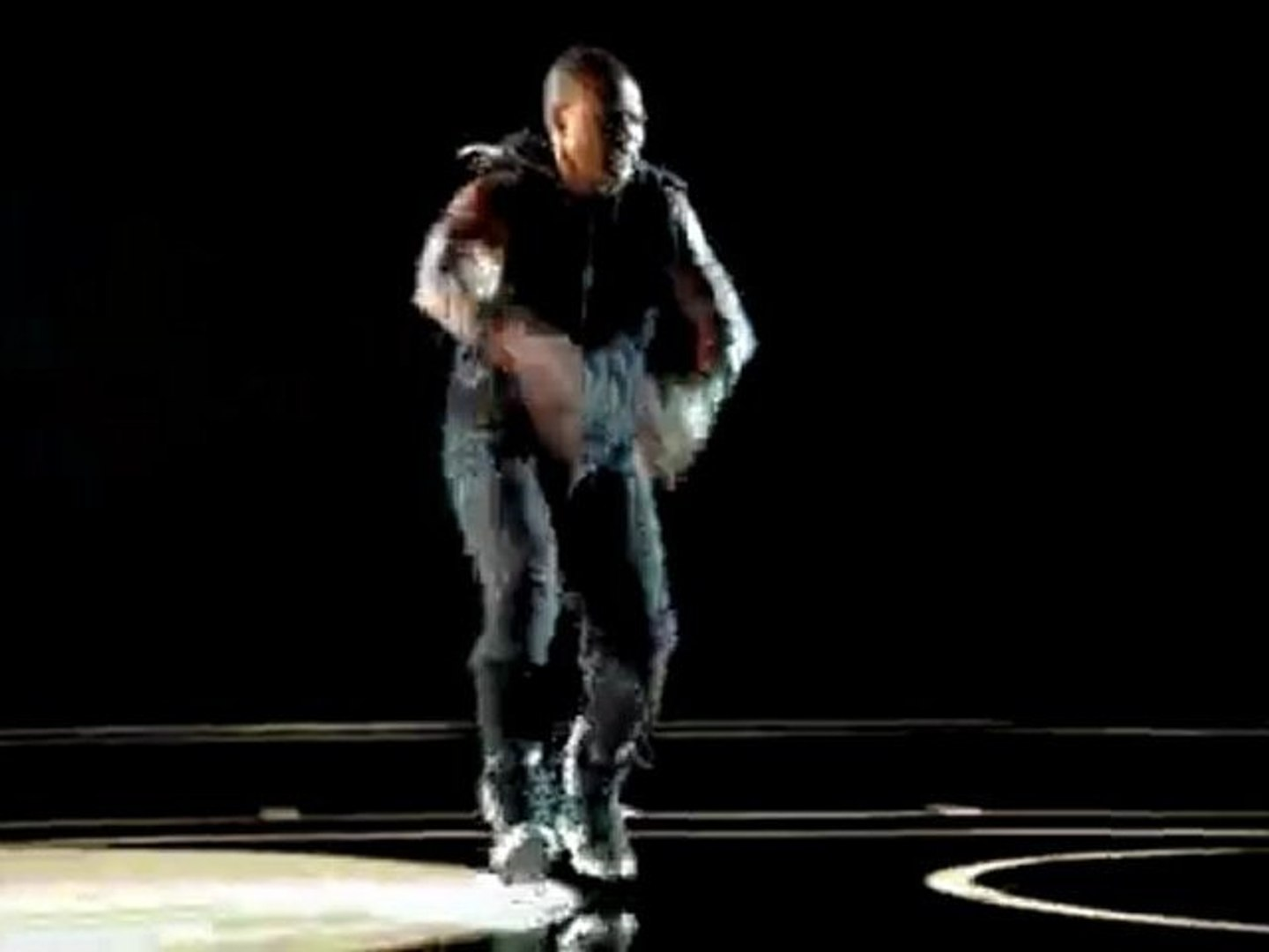 NBA  Usher team up to promote the 2010 NBA All-Star Game Sun